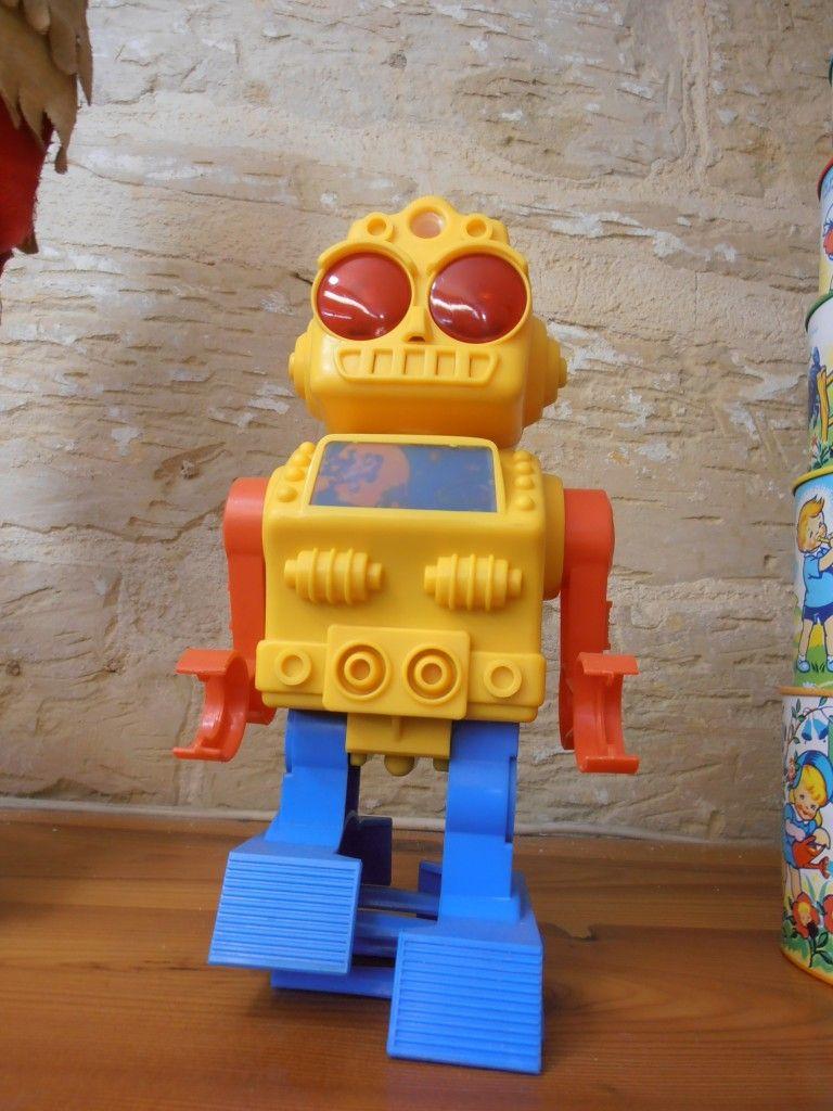 robot museo juguetes malta