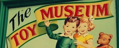 cartel museo del juguete