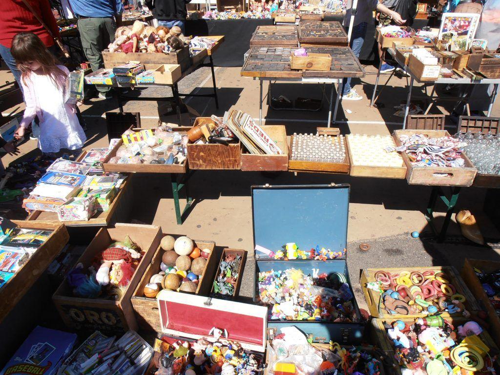 puesto Dan flea Market